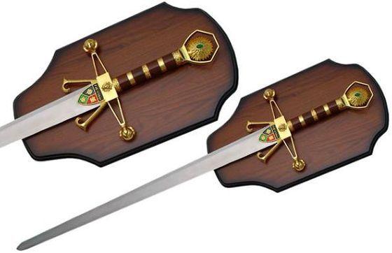 # RCSZ926781TS Sword of Robinhood with Plaque